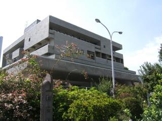 県立青少年会館.JPG